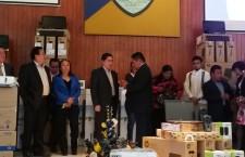 Rector de la UABJO entrega equipamiento a la Facultad de Derecho
