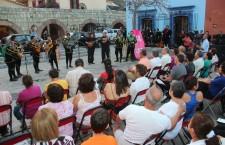 Inician con serenata de estudiantinas los festejos por el 483 aniversario de la ciudad