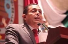 Garantizar derecho a la paternidad de los infantes, pide Carlos Ramos
