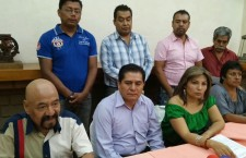 Exhortan comerciantes del Mercado de Abastos y Verbeneros a la Sección XXII que no cobije a ambulantes