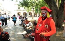 Payasos dicen estar de acuerdo con liberación del zócalo