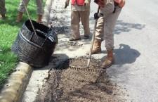 A pesar de lluvias, Municipio capitalino reinició programa de bacheo en calles y avenidas