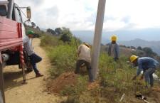 Llega a Loma Delgada programa de ampliación de Red Eléctrica