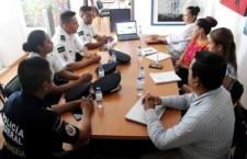 Intercambian acciones Gendarmería y DIF Municipal  en favor de grupos vulnerables de Oaxaca