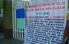 Exigen destitución del administrador de Centro de Salud en San Martín Mexicapam
