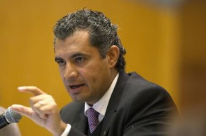 Advierte Enrique Ochoa que el PRI no se va a detener en el combate a la corrupción