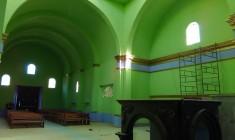 Dan mantenimiento y embellecimiento a templo católico