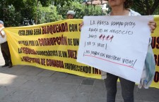 Protestan vecinos, exigen desazolve de la presa Rompepicos
