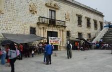 Exigen habitantes a Hernández Fraguas obras de infraestructura social, toman el Palacio Municipal