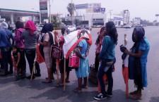 Protesta Movimiento Lubizha en oficinas del Cobao