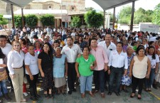 Entrega Raúl Cruz certificados de estudio y capacitación en Santa Lucía del Camino
