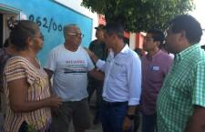 Recorre Alejandro Murat calles y viviendas en Santo Domingo Zanatepec