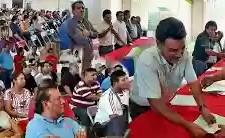 Trabajadores damnificados por los sismos, reciben apoyos del Sutcobao