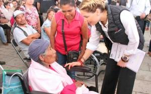 Ivette Morán de Murat encabeza programa Juntos en la capital oaxaqueña (4)