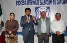 Registra Juan Iván precandidatura federal por Miahuatlán