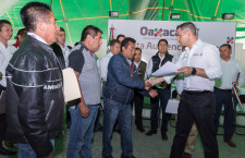 Encabeza Alejandro Murat Cuarta Audiencia Pública en Teposcolula