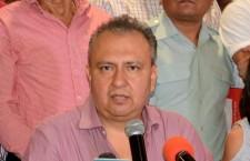 Oficializa Héctor Pablo su salida del PRI, buscará la Senaduría por el PRD