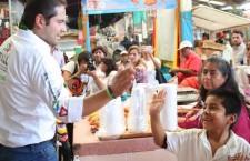 ¡Tú vas a ganar Raúl!, respaldan comerciantes de la Villa de Etla a Bolaños Cacho Cué