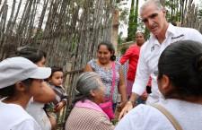 Con trabajo en equipo se atenderán las necesidades de colonias : Manuel de Esesarte