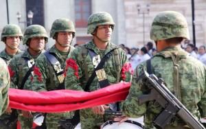 DIF Estatal Oaxaca encabeza izamiento a nuestro lábaro patrio en la capital oaxaqueña 3