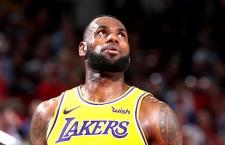 LeBron James se queda corto y tiene triste debut con Lakers