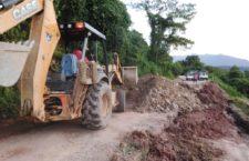 "Se atienden tramos carreteros afectados por Tormenta Tropical ""Vicente"""