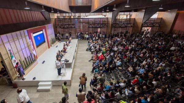Inaugura Alejandro Murat la FILO 2018 en el CCCO