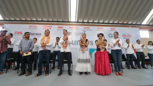 Atiende Gobierno de Oaxaca demandas sociales, de productividad y reconstrucción del Istmo