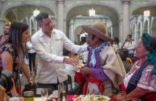Reconoce AMH aportación de las y los artesanos en la construcción de la grandeza de Oaxaca