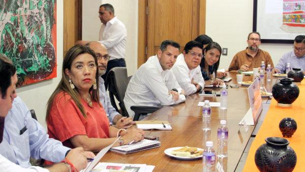 Evalúan Gobierno de Oaxaca y Sedatu avances en la reconstrucción de municipios afectados por sismos