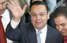 Primera baja en el gabinete de AMLO; dimite Martínez Cázares a dirección del IMSS
