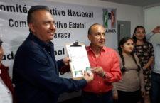 Solicita Héctor Pablo afiliación al PRI