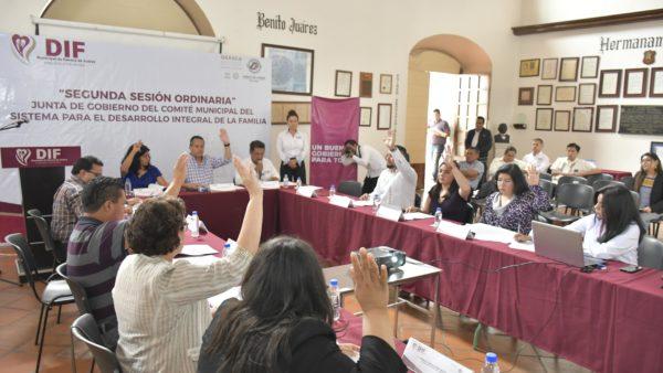 Trabaja DIF de Oaxaca de Juárez para mejorar la atención a la población