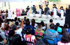"""Ayuntamiento capitalino y Girl Up Guendalizaá celebran con éxito la """"Guelaguetza a favor de ellas"""""""