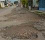 Envía Dante Montaño a colonos de la Antiguo Aeropuerto a bloquear calle para que la arregle SINFRA