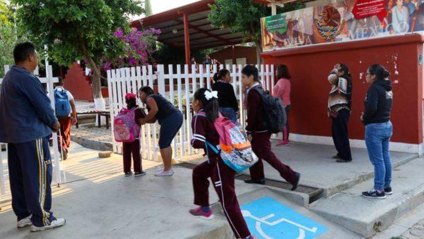 Recomienda IEEPO tomar medidas preventivas para evitar el dengue, chikungunya y zika en escuelas