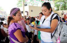 Caravana DIF cumple con las familias de San Felipe Jalapa de Díaz y San Lucas Ojitlán