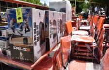 Entrega IEEPO mobiliario y equipo a 81 escuelas de Valles Centrales y Sierra Sur