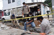 Concluye SAPAO trabajos de reparación de fuga de drenaje en Unidad del ISSSTE