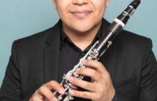 """Emiliano Mendoza, clarinetista zapoteca con nombramiento de """"Vandoren Paris"""""""