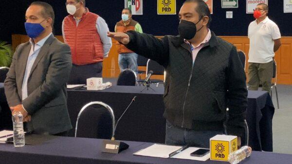 Horacio Antonio Mendoza rinde protesta como representante titular del PRD ante el Consejo Estatal del INE