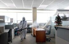 Desinfección constante para proteger a personal de Administración