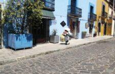 Privilegiando la salud comunitaria, Ayuntamiento de Oaxaca de Juárez desinfecta 180 calles